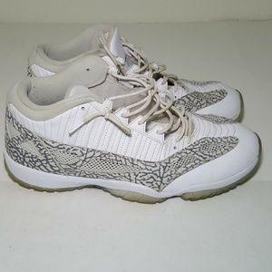 Nike Air Jordan XI 11 Retro Low size 13